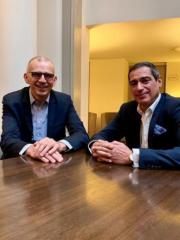 Emmanuel Grenier, président directeur général de Cdiscount (à gauche) et Jean-Paul Mochet, directeur général de Franprix (à droite). DR
