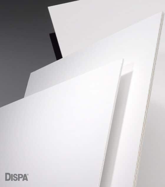 Antalis annonce la distribution de la gamme Dispa par 3A Composites, des cartons écologiques qui constituent une alternative aux panneaux en mousse PVC largement utilisés pour la signalisation et l'affichage intérieur et extérieur. DR
