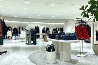 La marque de fast fashion Zara concentre aisi son offre dans un plus grand espace